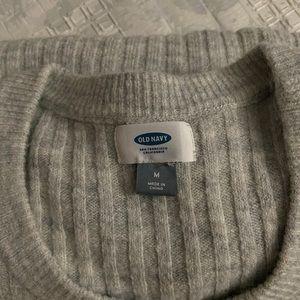 Medium old navy gray sweater